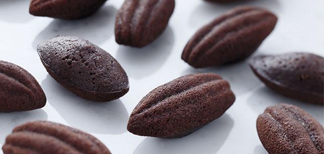 03 BAKED CHOCO チョコレートマドレーヌ